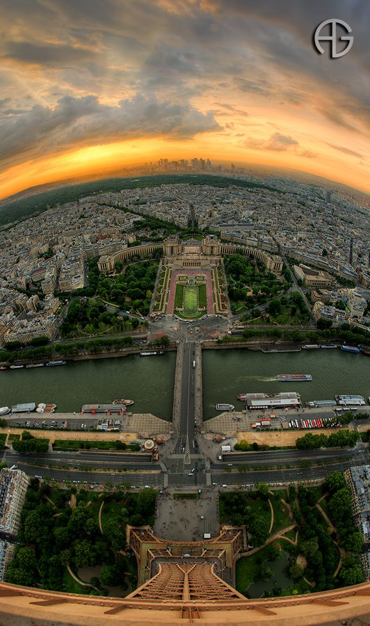 Trocadéro & La Défense from Eiffel Tower...absolutely stunning view of ParisPhotos, Eiffel Towers, The View, Beautiful, Paris France, Amazing View, Travel, Places, Photography