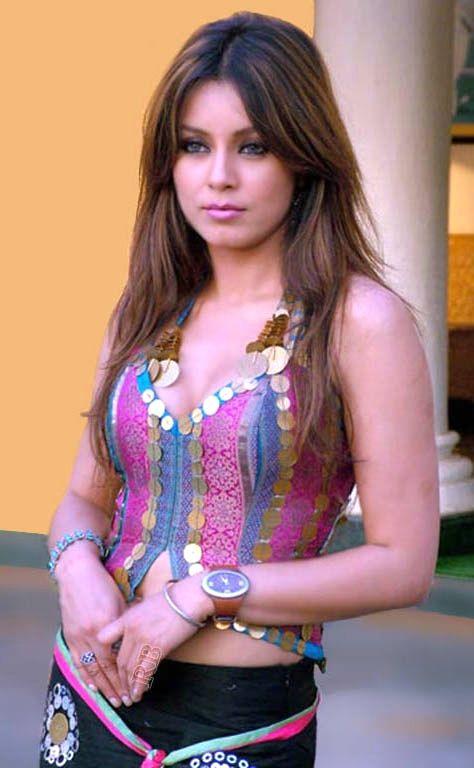 Beautiful Bollywood actress Mahima Chaudhary