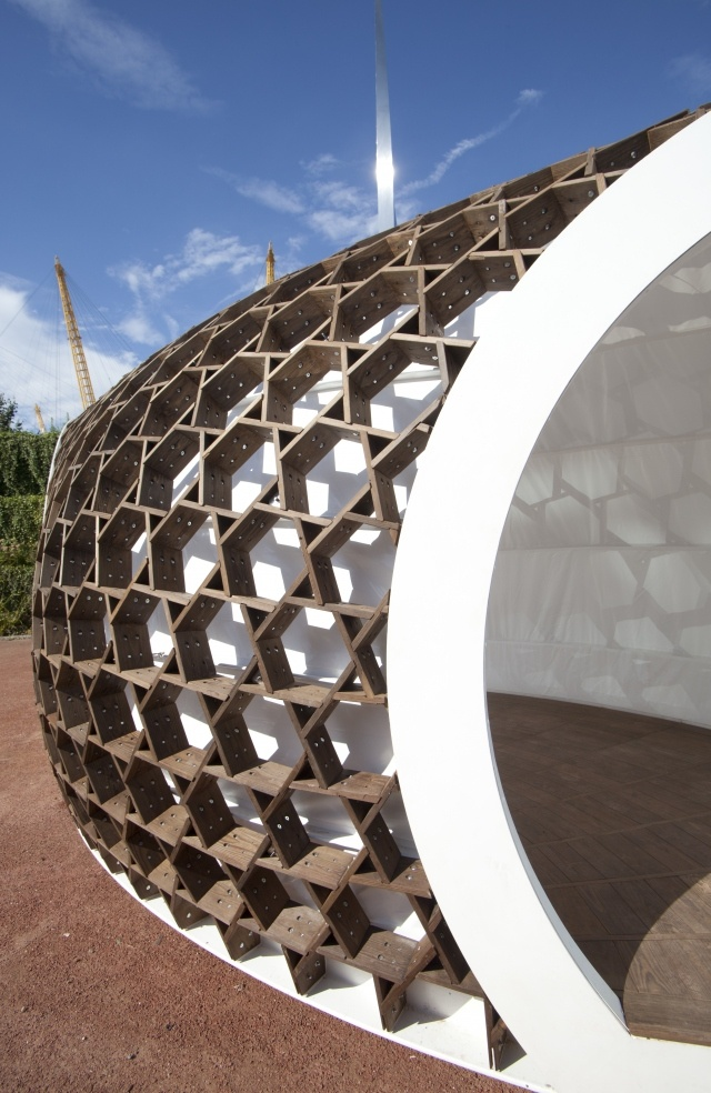 KREOD a portable wooden structure revealed in