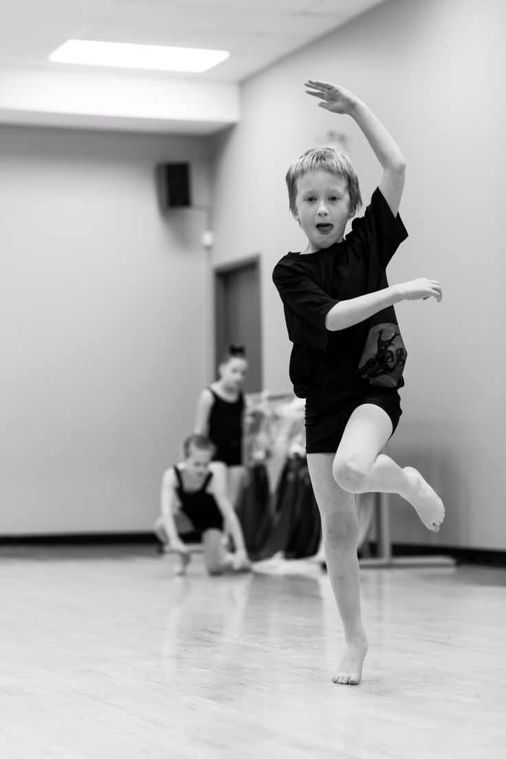 Contemporary dance is a great way to explore your self-expression through free, creative movement