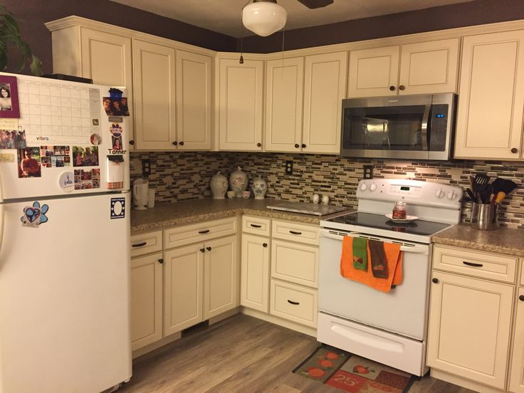 Best Lowes Caspian Cabinets French Country Kitchens Cost Of 640 x 480
