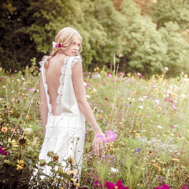 Robe de mariee dos nu Mademoiselle Reve https://www.instagram.com/mademoisellerevemariage/ http://mademoisellereve.fr/