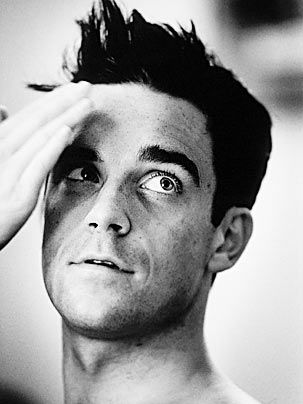 Chatter Busy: Robbie Williams Facts