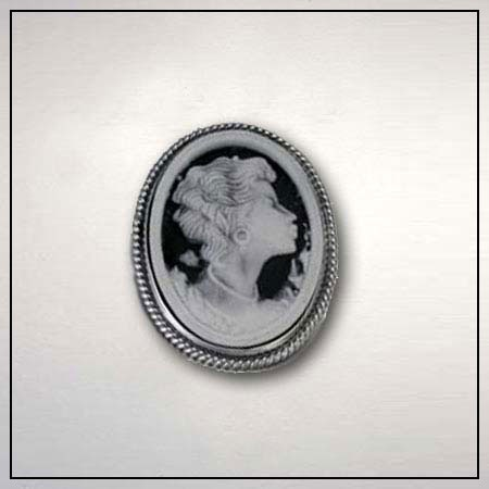 """Donna Chambers """"Eve""""   African-American cameo pin"""