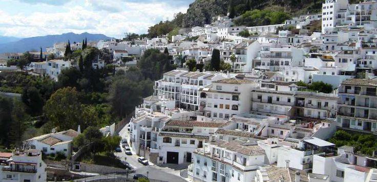 Экскурсия из Малаги в Михас и Пуэрто-Банус, Бенальмадена Испания. Поездка на комфортном авто: пещера Фрагуа. Viber, What,tel +34661079988, email:34x@mail.ru