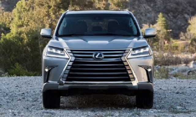 The Lexus LXT pickup truck will probably use the platform of the Hilux crossover. This is one of the best vehicles in its class. It is durable, reliable,