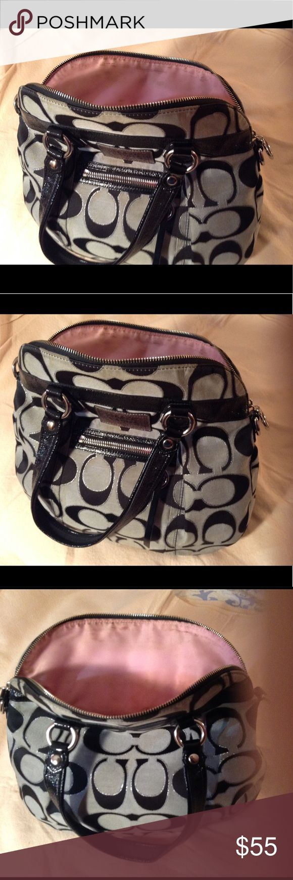 Coach poppy gray & black purse... Large purse Coach Poppy purse. Front pocket. Gray with black. Length 12 heights 12. Wear & stains on inside.  Good purse. Coach Bags Satchels
