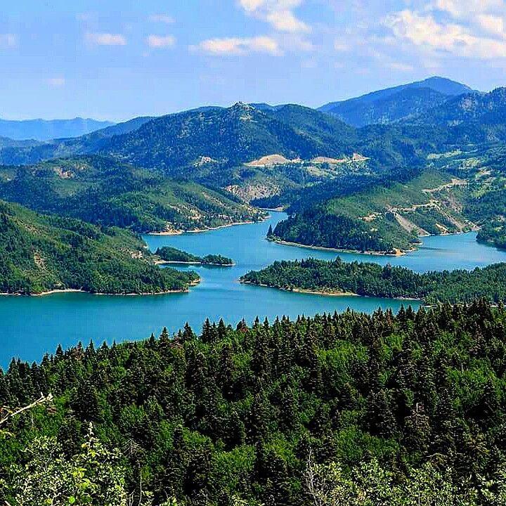 Visit Plastiras Lake with 1000 Colours.