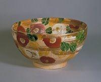 北大路魯山人《色絵金彩椿文鉢》 1955年 京都国立近代美術館蔵
