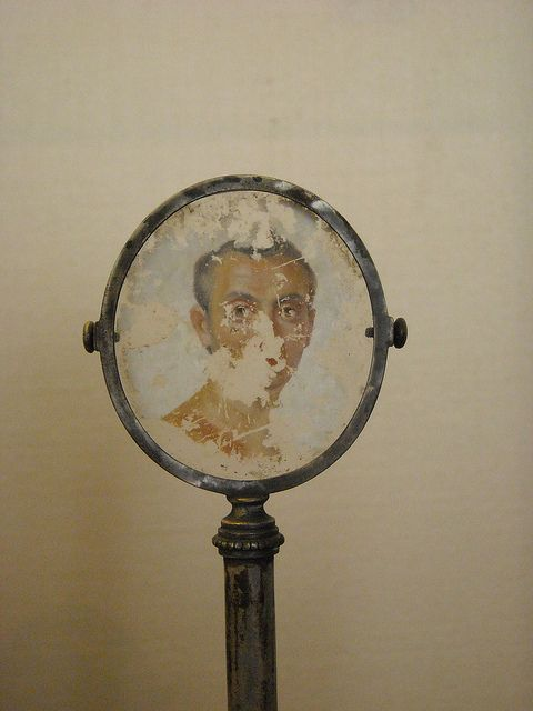 Portrait of man on glass from Pompeii - Napoli, Museo Archeologico | Flickr - Photo Sharing!