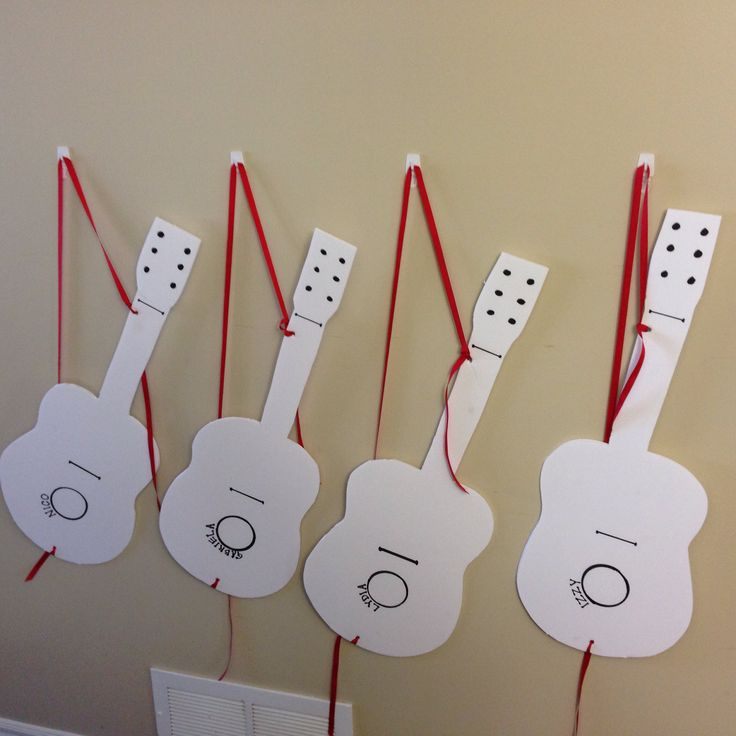 Decorate your own Wiggly guitar! Great idea for a Wiggly party #thewiggles #wigglyparty #wigglesparty