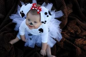DIY Halloween costume, dalmatian puppy by julie