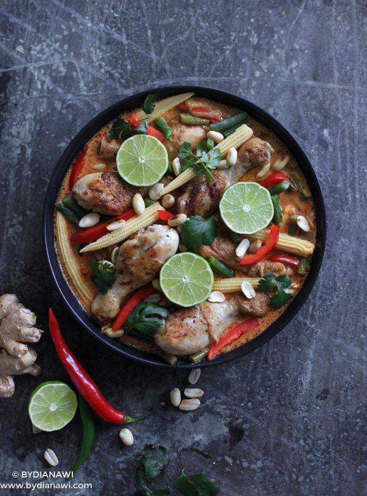 Rød karry kylling med thai agurkesalat og ris, www.bydianawi.com