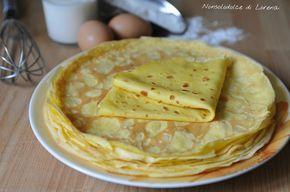 Crepes ricetta base, una ricetta base della cucina, che va bene sia per piatti salati che dolci. Le crepes si possono semplicemente farcire...