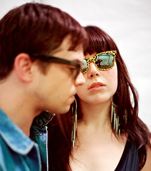 sleigh bells: Bands Shots, Music Incline, Sleigh Bells, Sleigh Belle, Favorite Bands, Living Music, Music Lovin, Bands 3, Favorite People