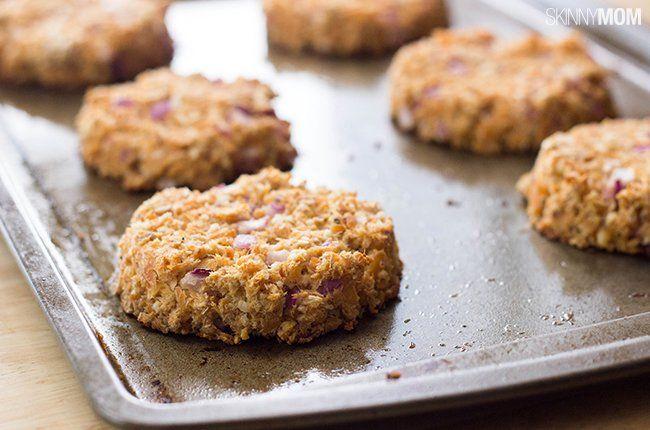 Recipe: Skinny Salmon Burgers