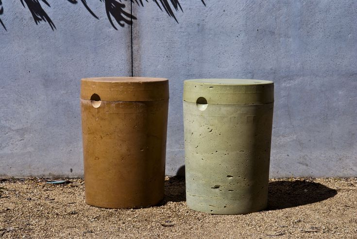 Use a 5-gallon bucket to make a concrete garden stool or planter.