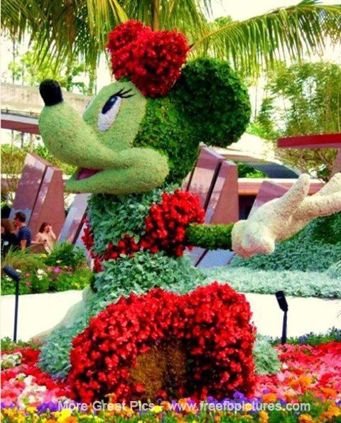 This A Most Beautiful Landscaping.hey Children Do You Like Minnie Mouse? This Is Attractive Minnie Is Created By Beautiful And Colorful Flowers.