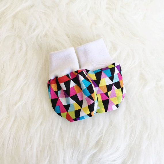 Baby Mittens, No-Scratch Mittens, Triangles, Geometric, Kaleidoscope, Gender Neutral, Colorful, Girl by BubandCub