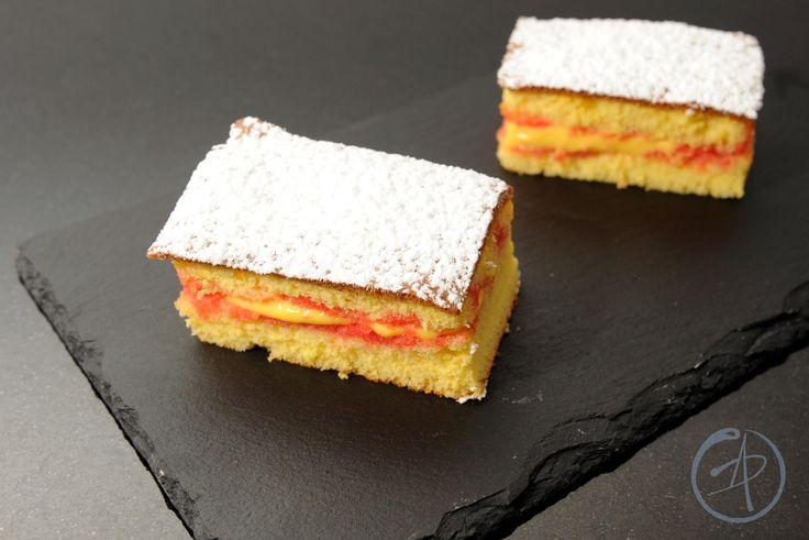 ricetta pistoccu, torte da forno, dolci sardi, pasticceria sarda