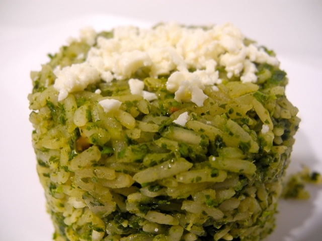 Cilantro rice n easy rice made with fresh cilantro and garlic that cooks up in less than 30 minutes!