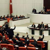 Le Parlement de Turquie renforce le contrôle d'Internet