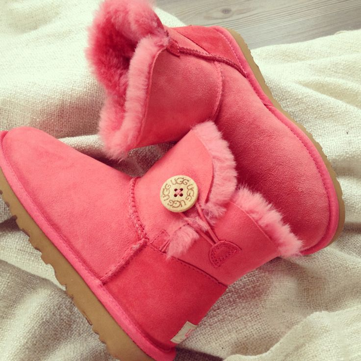 Pink ugg boots :) I have them
