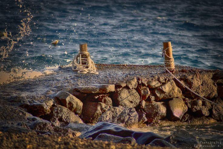 https://flic.kr/p/pUoH1J | Akrotiri close to sea