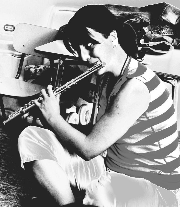 Un poco de flauta y cuentos musicales para los niños del Jardín Infantil Las Hualtatas de Las Condes (Santiago de Chile). Octubre 2010