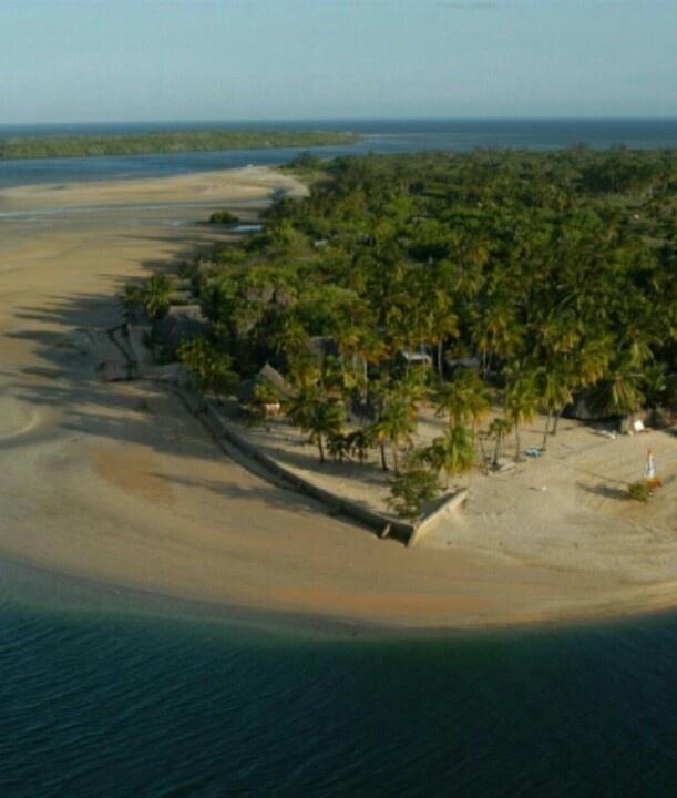 Deserted Island Beach: 17 Best Images About Lamu Djahazi On Pinterest