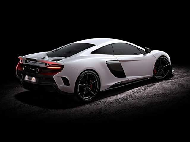 A full guided tour throughout the interior and exterior of the new McLaren 675LT http://www.thevividworld.com/mclaren-675lt-full-tour-exterior-and-interior/