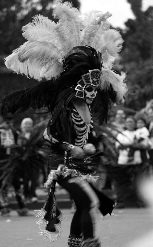 Un dia, ire a Mexico por el Dia de Los Muertos porque quiero celebrarlo y experimentar esta dia