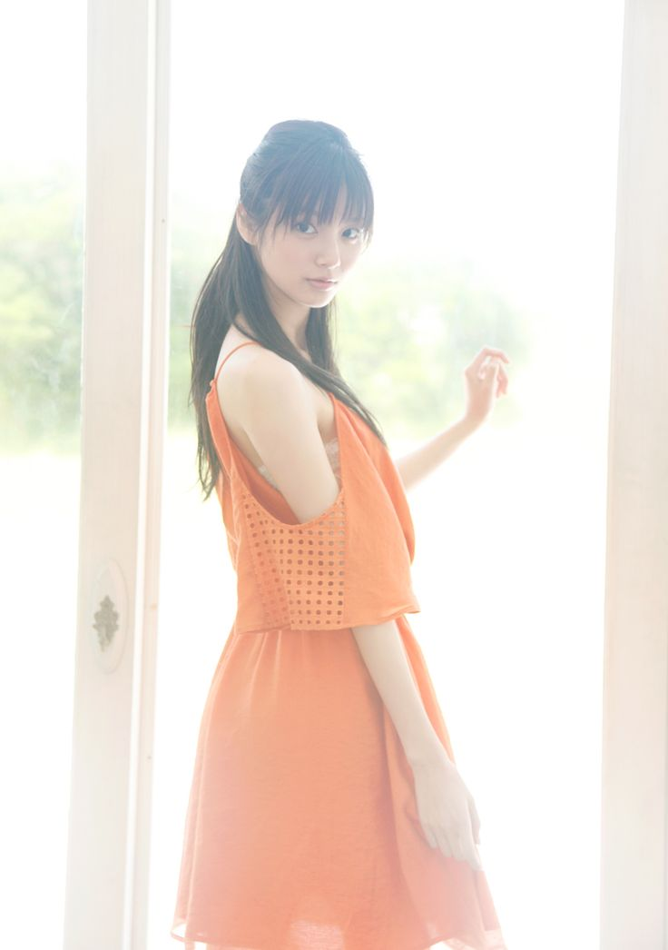 新川優愛 // Yua Shinkawa