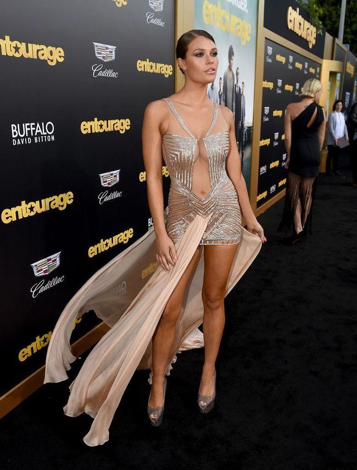 "Samantha Hoopes - ""Entourage"" Premiere in Westwood : Global Celebrtities (F) FunFunky.com"
