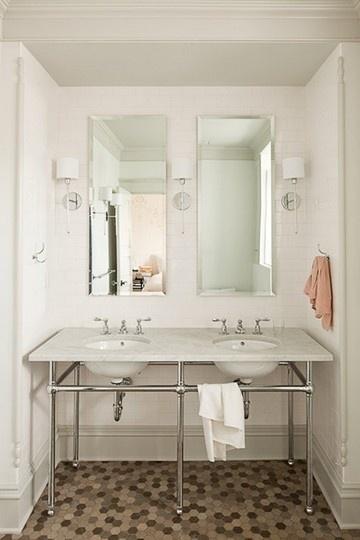 1000 images about white subway tile bathrooms on. Black Bedroom Furniture Sets. Home Design Ideas