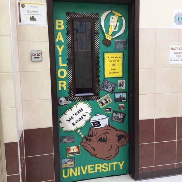 25+ unique College door decorations ideas on Pinterest ...