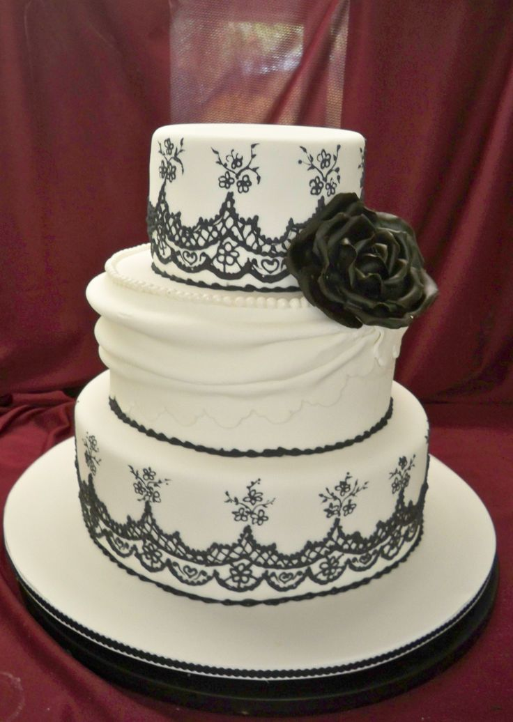 lace icing for wedding cakes 35 best wedding cakes with fondant icing images on 16685