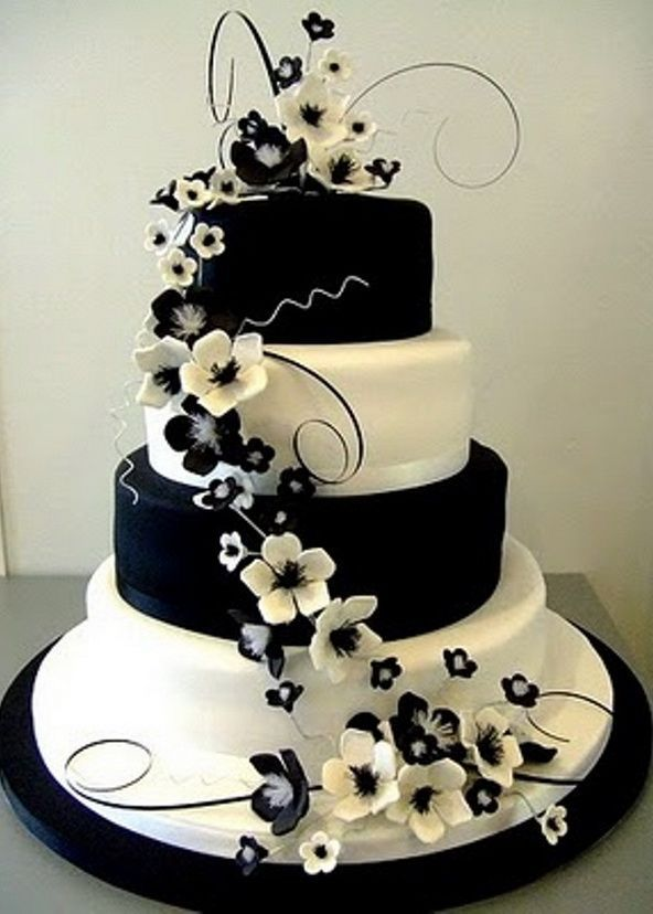 Stunning Black and White Floral Wedding Cake! #wedding #cake