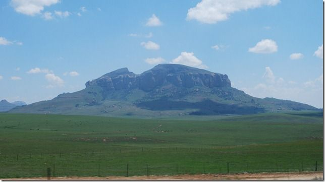 valley of 1000 hills south africa | ... of farm and grazing land surrounded by distant hills and mountains