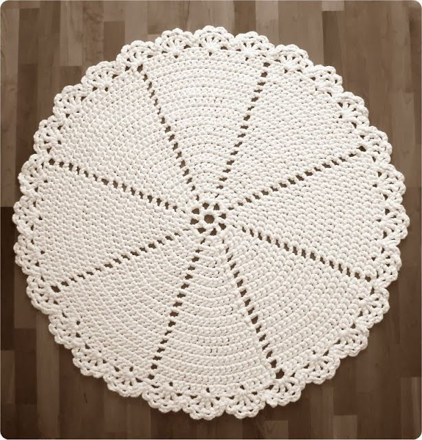 1000+ Images About Tshirt Yarn Crochet Rugs On Pinterest