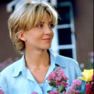 I'll always remember Natasha Richardson as an example of femininity and grace which is rare in Hollywood.