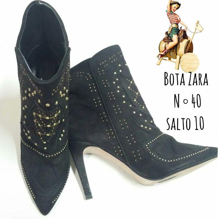 PROMOÇÃO DE INVERNO Bota Zara  N ° 40  Linda de viver.  DE 12O REAIS  POR 85 REAIS 😲  🆙Atendimento c ⏰marcada  📞 Whatsapp  31 8729-0249  💳 Aceitamos débito e cred  #zara #boots  #bota #cowboys #likes #uohbrecho #brecho #2hand #moda #instagood #pretty #style #girl  #love #brechoinfantil  #cool #good #cute #follow #fashion #fun #igers  #ootd #blogger #inlove #model #blog #belohorizonte #brasil