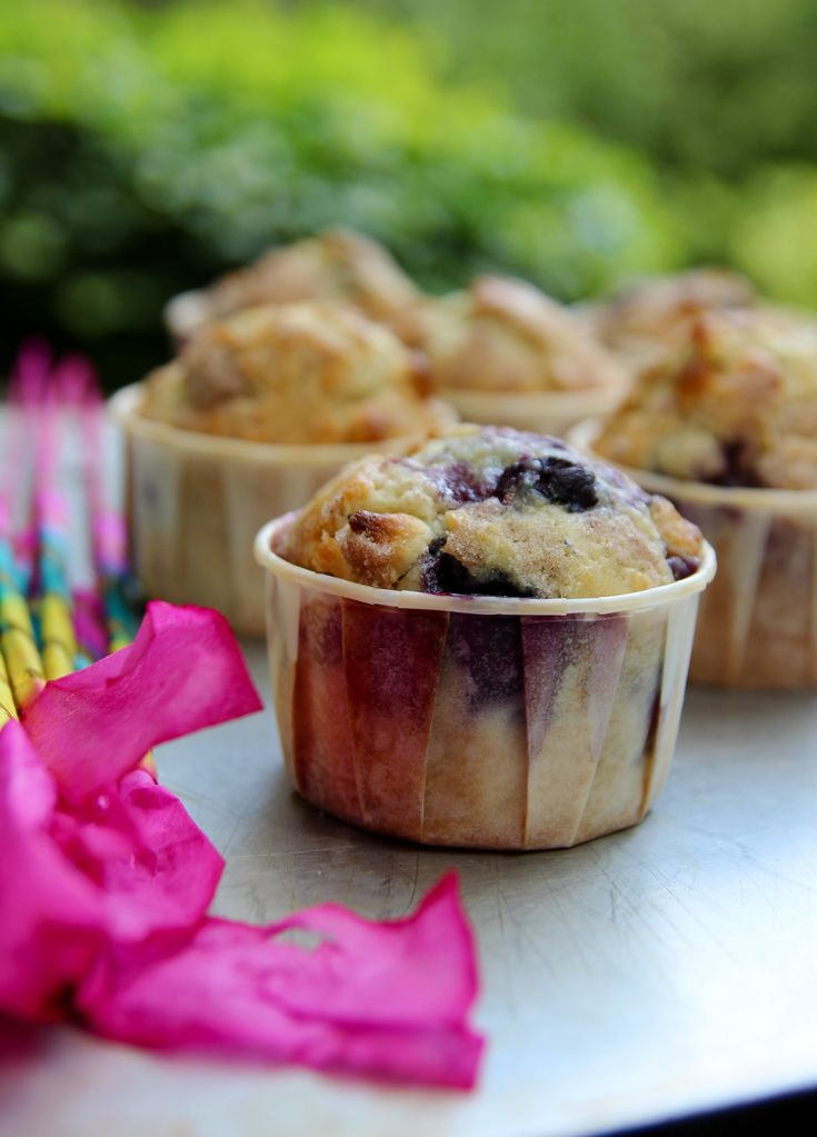 Blueberry white chocolate chip muffins! (I know someone who will love ...
