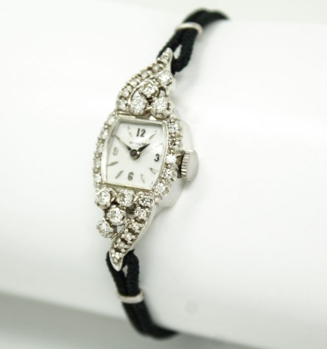 This is a stunning vintage ladies wristwatch from the Hamilton Watch Company of Pennsylvania circa 1940s/50s.