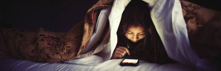 Messaggiami sto solo dormendo: insonnia e adolescenti
