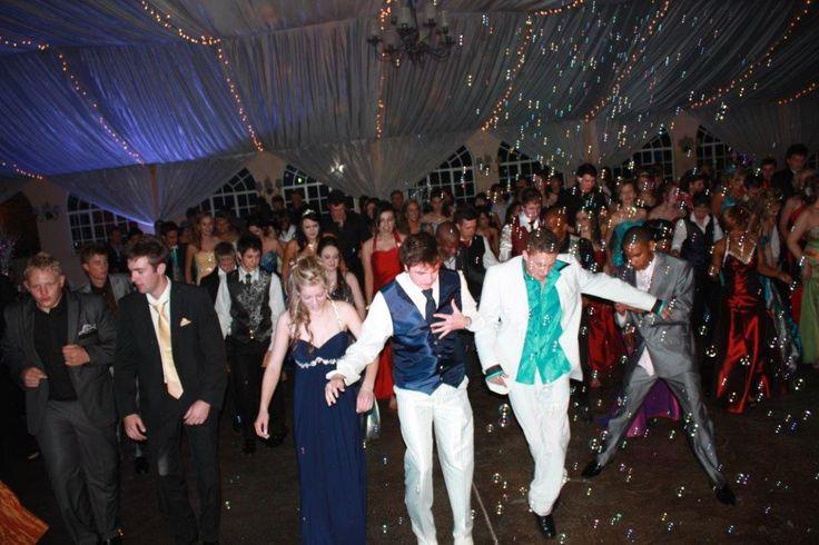 dance-everybody dance