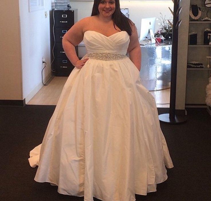 24 Best Bbw Bride Images On Pinterest Fat Bride Pixel Photography