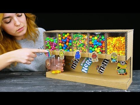 Sensible Lady Reveals Learn how to Construct Sweet Dispenser Créations & loisirs construct sweet d…