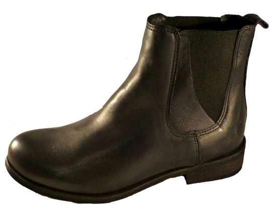 Beatles boots by Felmini
