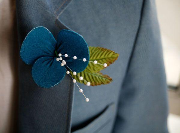 Panty Hose PetalsDiy Boutonnier, Flower Pin, Brides Grooms, Fabrics Flower, Flower Tutorials, Nylons Flower, Panties Hose, Diy Wedding, Wedding Bride